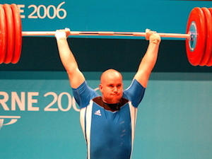 Tommy Yule weightlifting